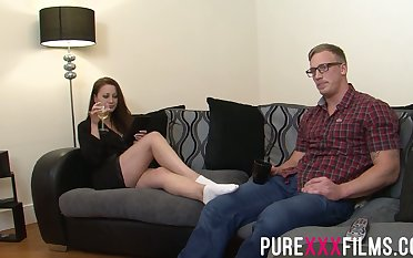 Having seduced nerdy dude Romanian nympho Lara Wear out Deene enjoys riding cock