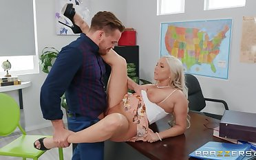 Big ass teacher loves quickening deep on the chest of drawers