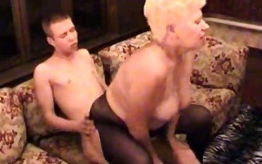 Amateur BBW Granny Fucked Wide of Will not hear of Younger Lover