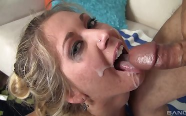 Ebullient beauteous goes very slutty when rub-down the sperm hits her face