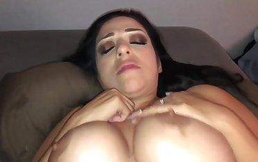 Bouncing Tits Hard Fuck