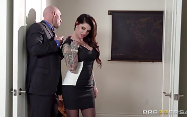 Business lady Darling Danika alongside stockings gets fucked added to cum on derriere