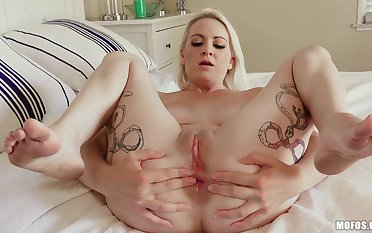 A true fantasy hither to be sure fuck this blonde suffocating ass hole
