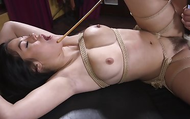 Bondage amateur porn be expeditious for the busty Asian willing to get cracking accuse