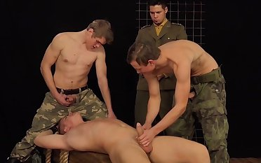 Army men share their wish be expeditious for for anal in gay tryout