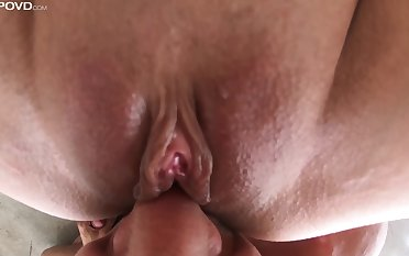 Slurping away on tap babe's ass and sniffing that pussy before beating it up