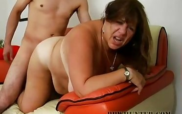 Tanned and fat cougar gets flavour of the month up and fucked