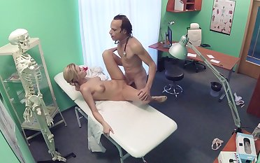 Chap-fallen castle in the air caught on cam between the adulterate and the nurse