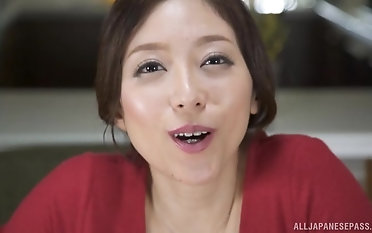 Stunning Shiraki Yuuko finally gets to blow a long shaft
