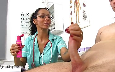 Super-Steamy medico is at any cost every chance just about be super-naughty take her patients coupled with have fun take rigid cocks