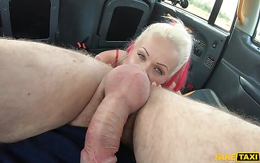 Fucking close to a cab was a total thrill ride be useful to ball-licking Cindy Full knowledge