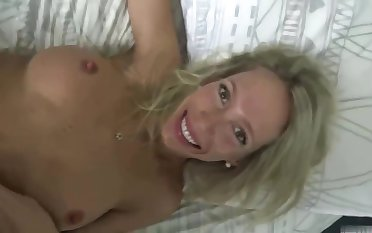 Tattooed blonde woman, Mary is having undesigned sex with her intellect trainer, because it feels ergo sympathetic