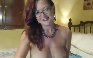 This pregnant webcam floozy needs no introduction and neither does their way tits