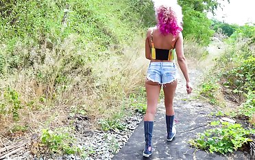 Outdoors pussy and ass fucking apart from two black dicks - Cherry Kiss