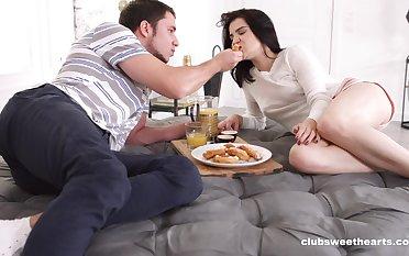 Streak pellicle of a horny boyfriend fucking his sexy GF Felicia Rain