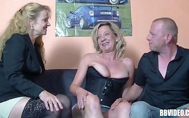 Pussy licking and locate sucking at near FFM threesome with regard to German sluts