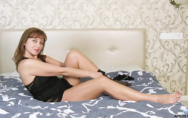 Horny alone woman Rafaella is just eager to cheer her own wet pussy