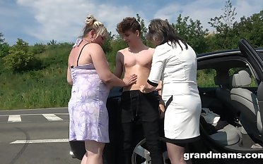 Several beamy mature women bang young student on the road