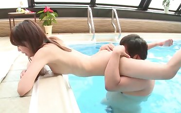 Pretty girlfriend Shizuku Memori loves having sex with her BF