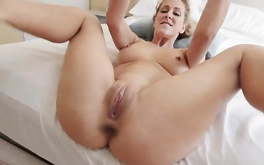 Stripper mom xxx Cherie Deville in In deep shit By My
