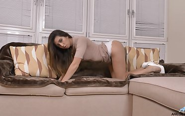 Appetizing babe in white shoes Frida Sante is have the impression fucking pussy