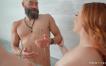 Redhead room-mate Summer Hart surprises him in the shower