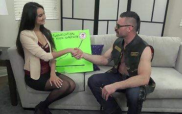 Ass fingering during wild bonking makes hot Eliza Ibarra moan