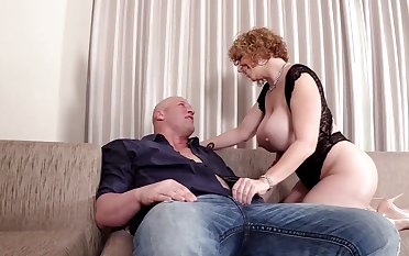 Broad in the beam ass mature sure need sperm on her clit