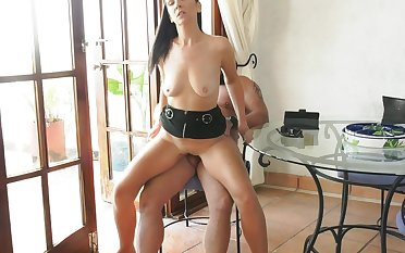 FUCK IN THE Rocking-chair - GERMAN SKINNY MILF WITH SMALL TITS