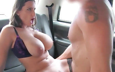 Black-Haired with large naturals gets porked in rub-down the backseat